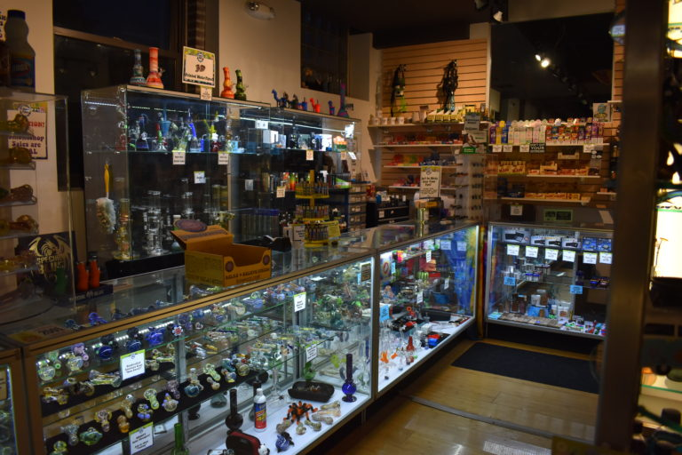 smoke shop in des moines